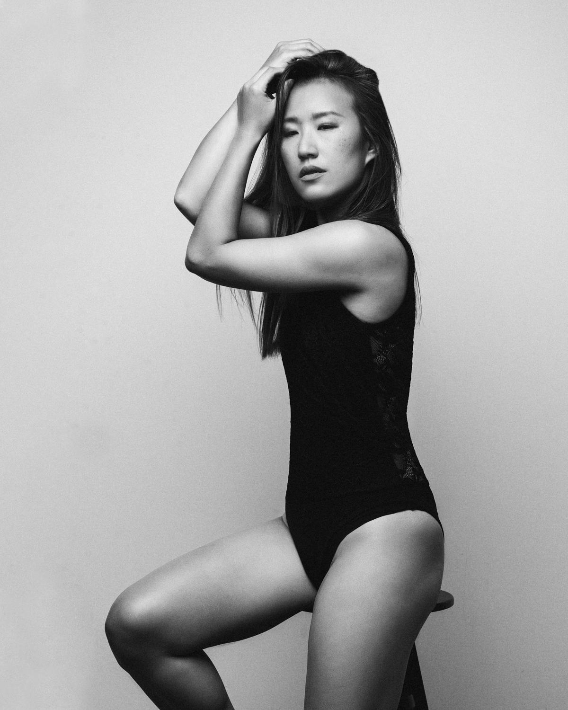 Photo Shoot What's up with Amanda  Amanda_Hsu_2760 Black and White with Simplicity