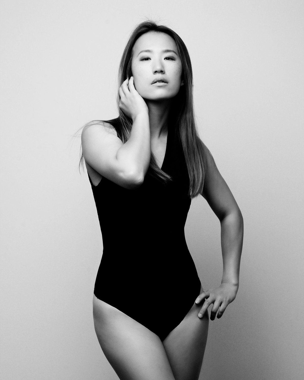 Photo Shoot What's up with Amanda  Amanda_Hsu_2881 Black and White with Simplicity