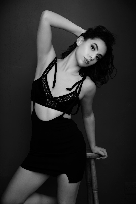 Photo Shoot  Amanda_Hsu_2315web-dancer-model-actor-headshot-portfolio Dancer/model's portfolio photo shoot with Christine