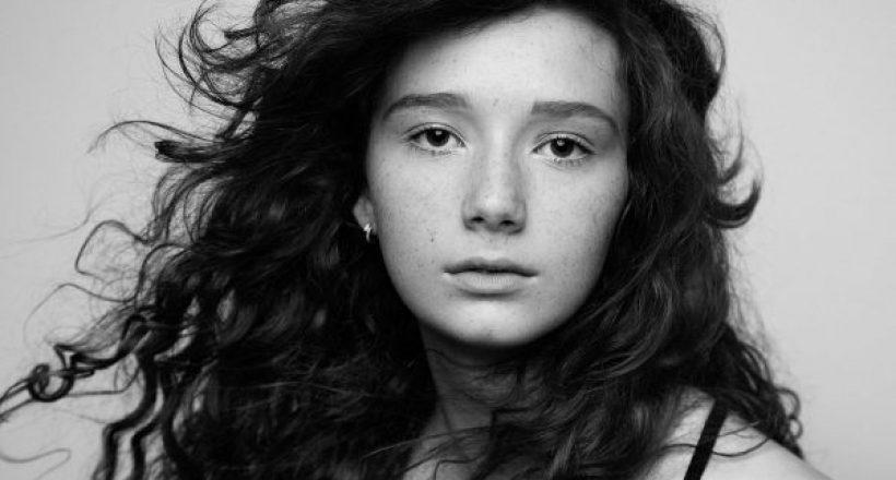 Amanda_Hsu_8914bw-actor-model-headshot-portfolio-600x429-820x440 News